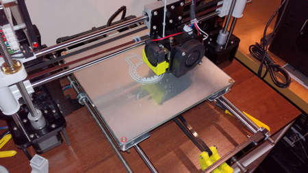 Anet A8 printterille lasialusta